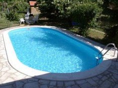 Piscine polipropilena piscine cu liner isostone for Piscine ieftine din fibra